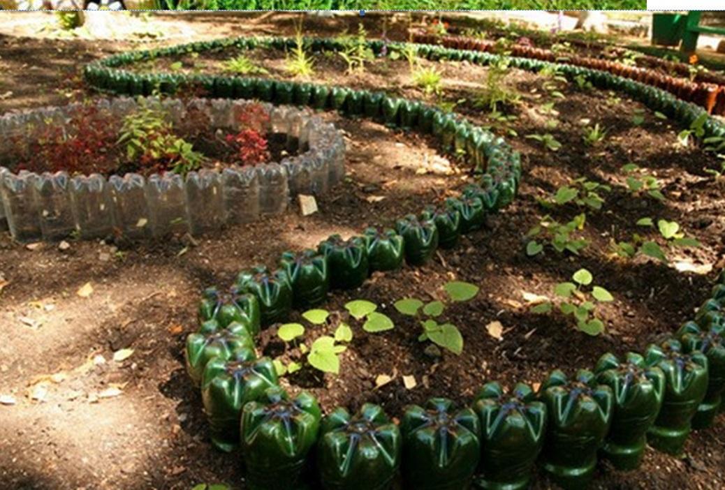 Идеи для сада и огорода своими руками с бутылок 532