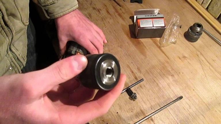 Техника и инструменты для дачи: Патрон шуруповерта