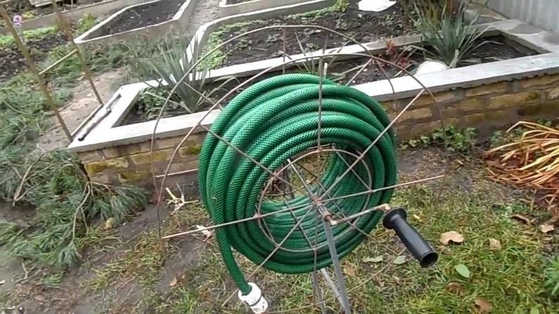 Техника и инструменты для дачи: Садовые шланги для полива