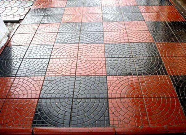 Обустройство: Шахматная укладка плитки