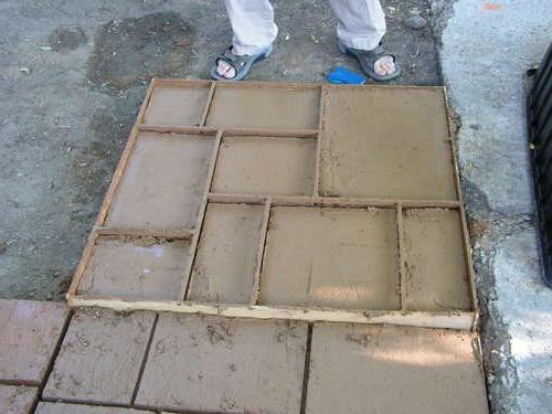 Обустройство: Металлическая форма для тротуарной плитки