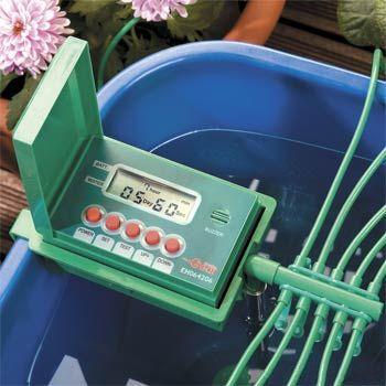 Техника и инструменты для дачи: Автоматический полив домашних растений