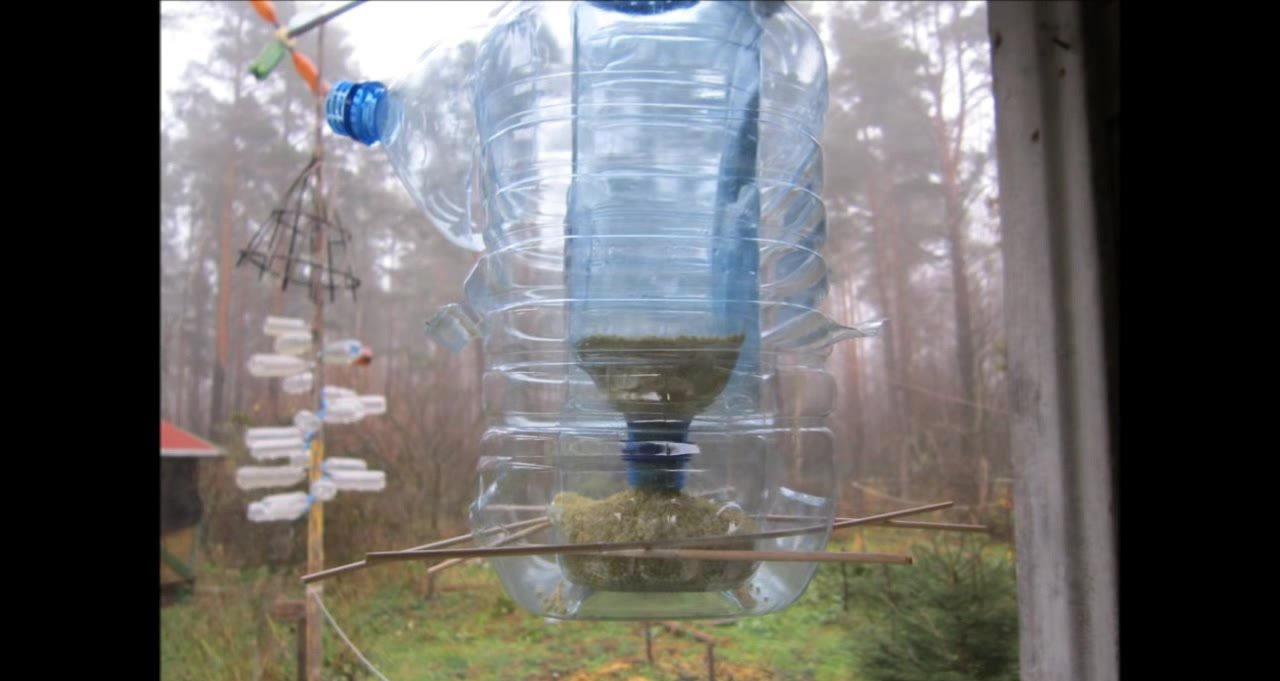 Обустройство: Кормушка для птиц из 5 литровой бутылки