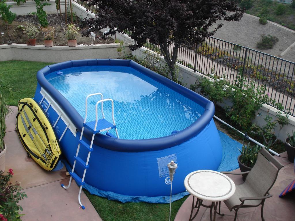 Обустройство: Надувной бассейн для дачи