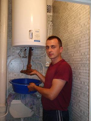 Техника и инструменты для дачи: Как пользоваться водонагревателем?