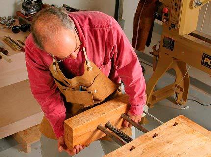 Техника и инструменты для дачи: верстак