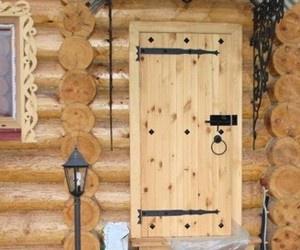 Обустройство: дверь в бане