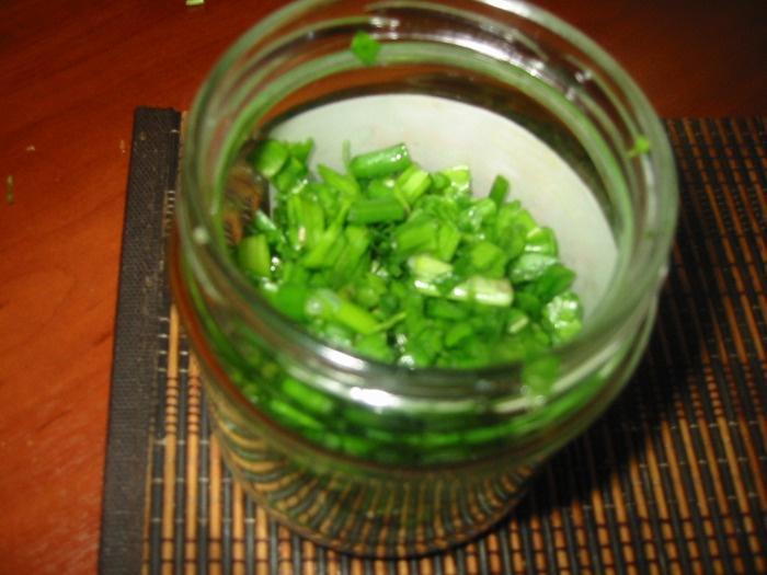Огород: лук зеленый