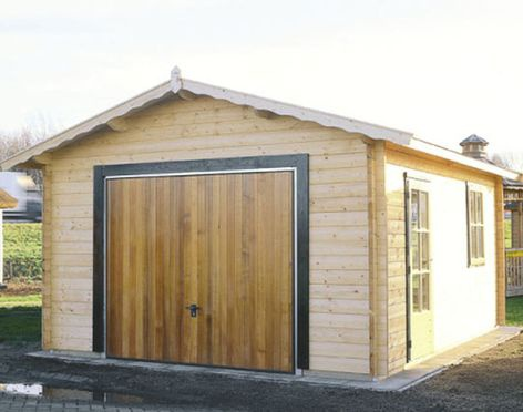 Строим гараж из кирпича своими руками